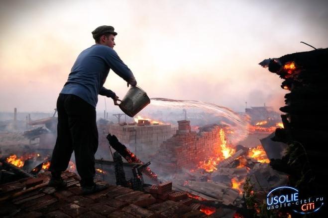 В Усольском районе прямо на глазах хозяев сгорела дача