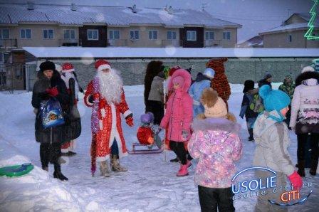 Парад Дедов Морозов 2016: Фотоотчёт культурных событий в городе