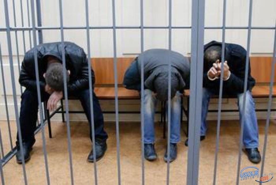 Банду угонщиков премиальных иномарок осудили в Усолье