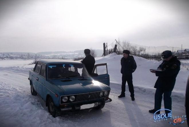 В Усольском районе проводятся рейды по пресечению несанкционированного выезда транспорта на лед