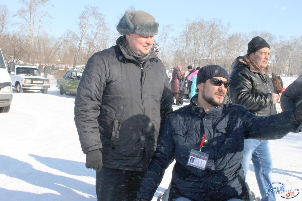 ВИДЕО. Автогонка при поддержке ЛДПР и Вадима Кучарова