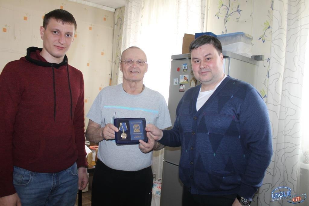 Усольчанину вручена награда «Ветеран ЛДПР»