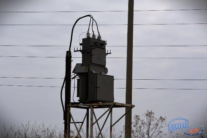 Почти 15 часов восстанавливали электричество в Усолье после аварии