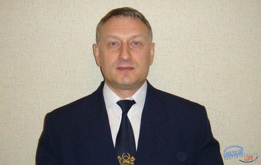 Он знает, как создать красивую фигуру: Сегодня юбилей у известного усольского тренера Олега Шестакова
