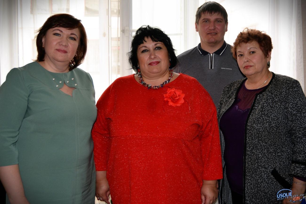Депутаты городской Думы чествовали отличников усольской школы № 5