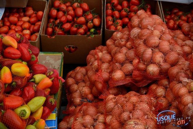 В Усольском районе  подешевели картофель и лук, но подорожали сахар и фрукты