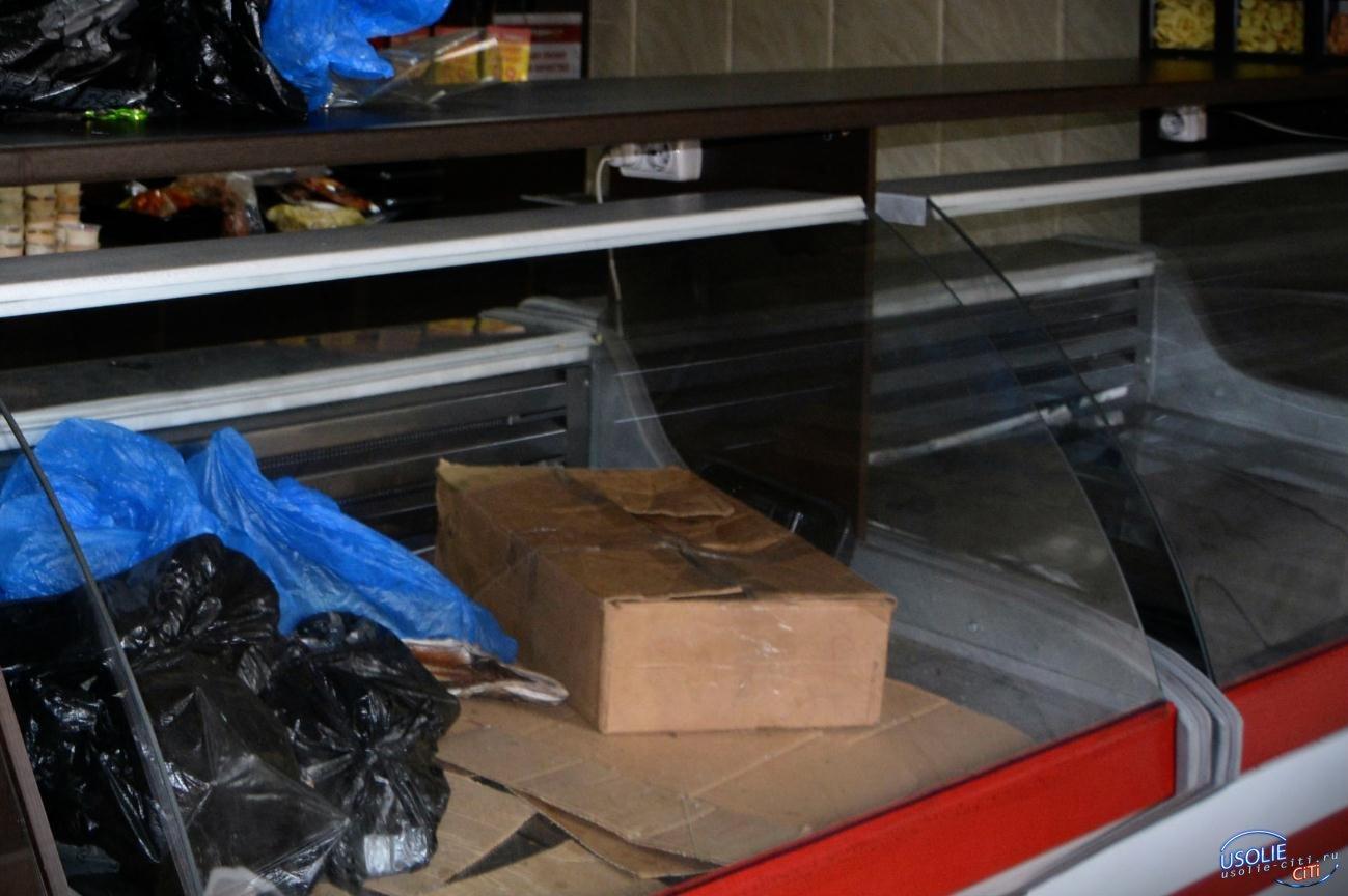 На улице Островского чуть не сгорел магазин