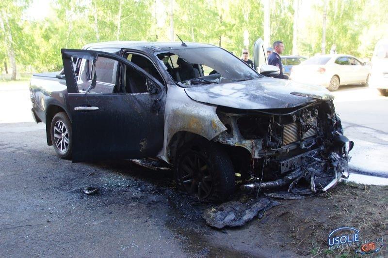 У директора усольской управляющей компании сожгли автомобиль