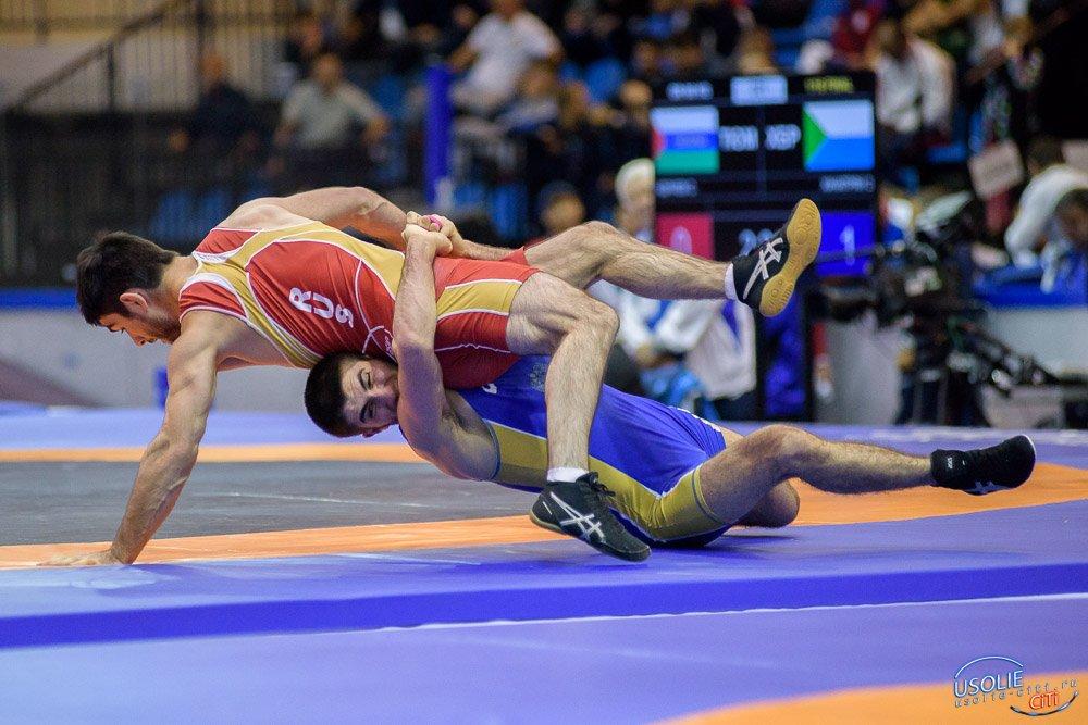 Усольский спортсмен стал бронзовым призером чемпионата СФО по греко-римской борьбе