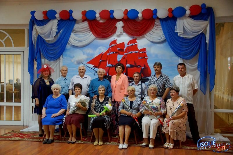 «И долог век любви» - в Усолье чествовали семейные пары - долгожители
