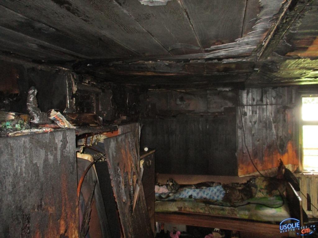 В Усольском районе неизвестные подожгли дом