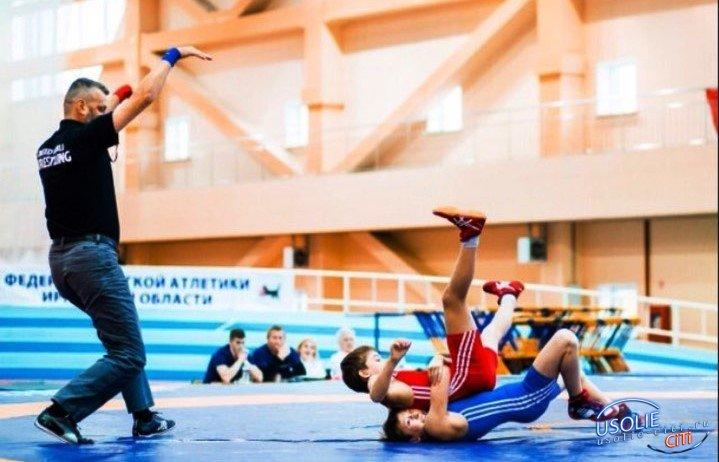 Четыре медали завоевали усольские борцы клуба