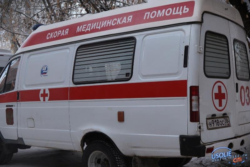 В Усолье под колесами Mitsubishi погибла женщина