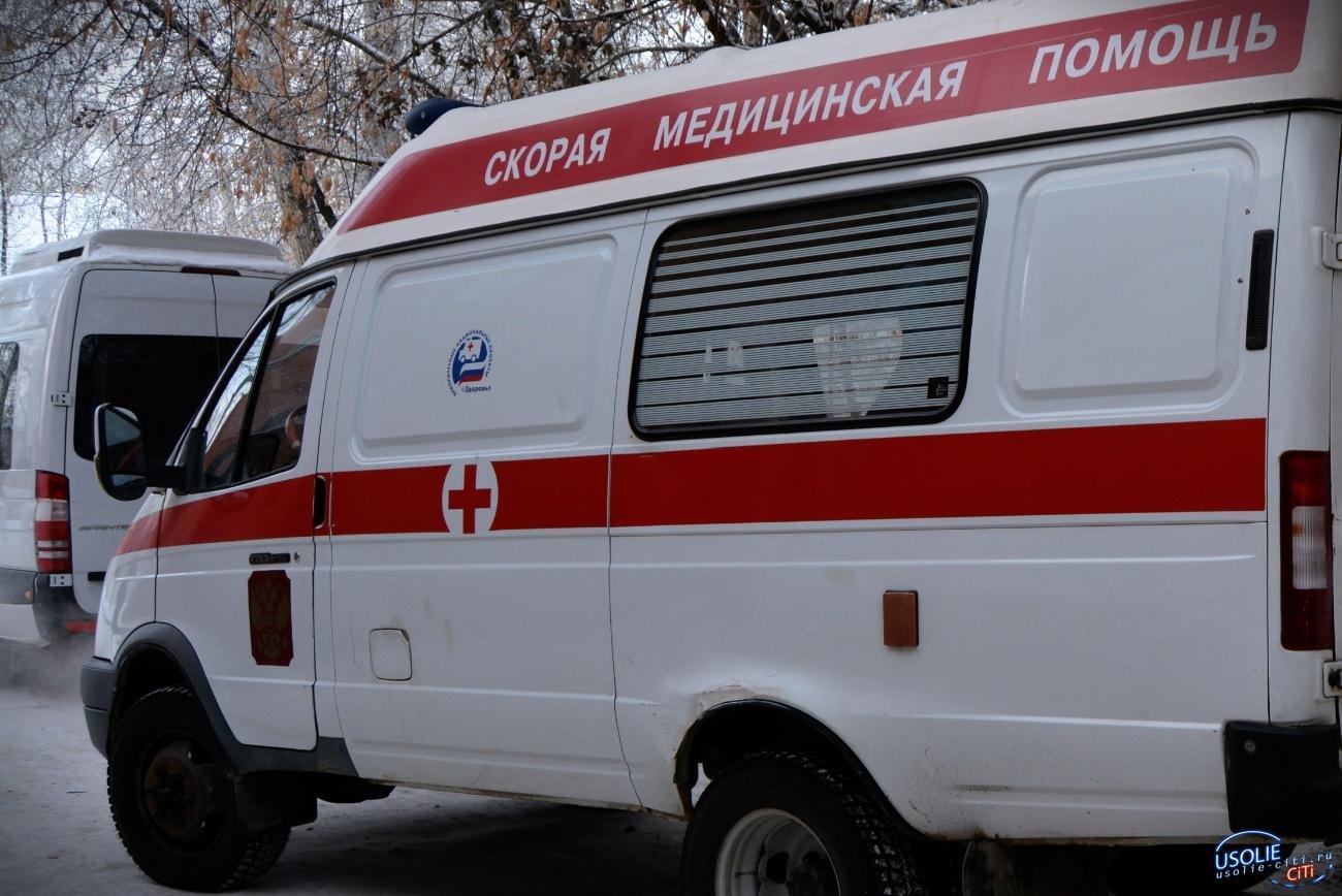 Машина с восьмимесячным ребенком перевернулась в Усольском районе