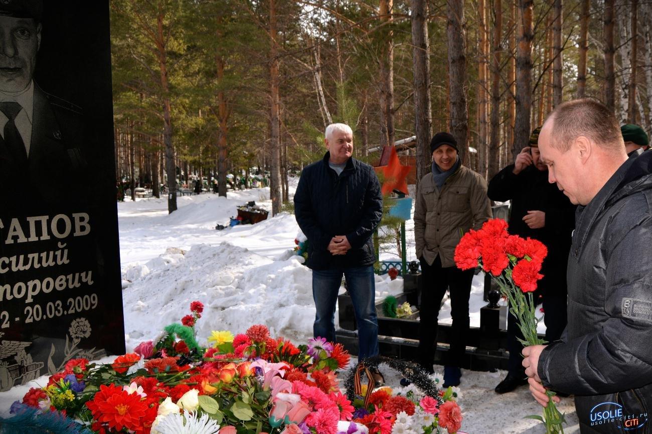 В Усолье помянули погибшего от пули снайпера Потапова Василия