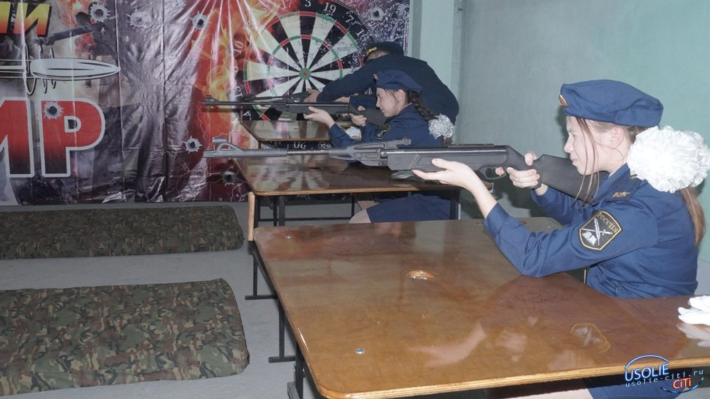 В деревни Буреть открылся стрелковый тир