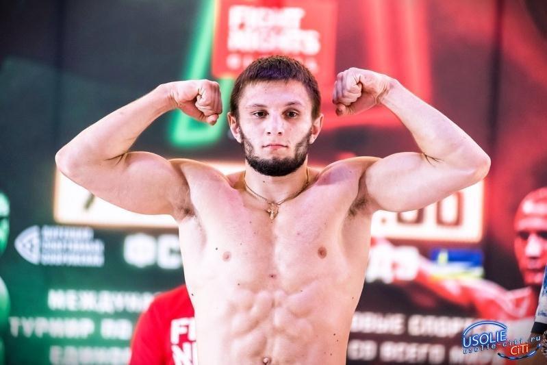 Усольчанин Максим Буторин улетел в Москву биться за чемпионский пояс «Fight Nights Global»