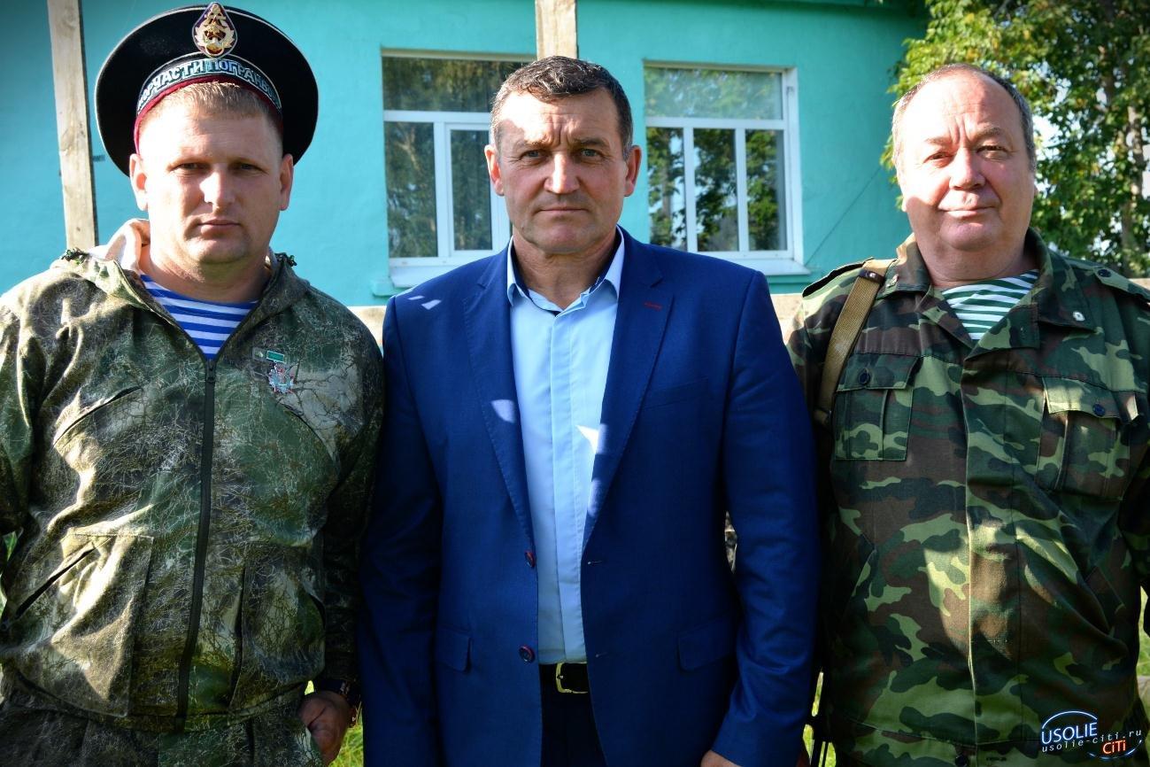 В Железнодорожном открыли памятник морякам Усольского района