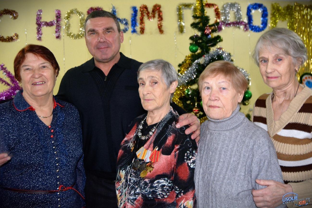Народный депутат поздравил ветеранов Усолья