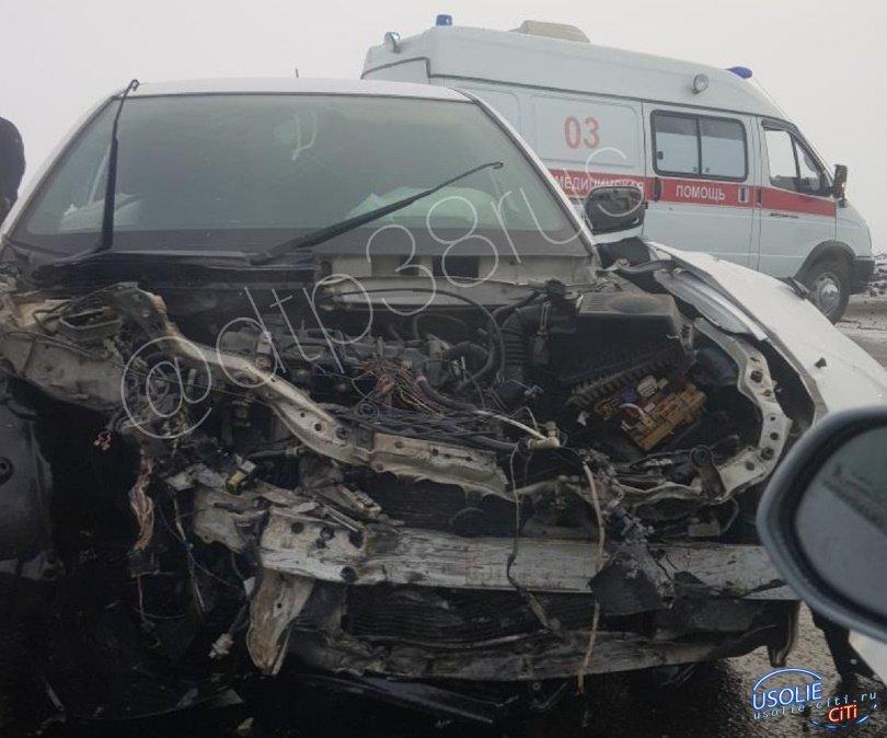 Девушка в реанимации: Столкновение трех автомобилей в Усолье