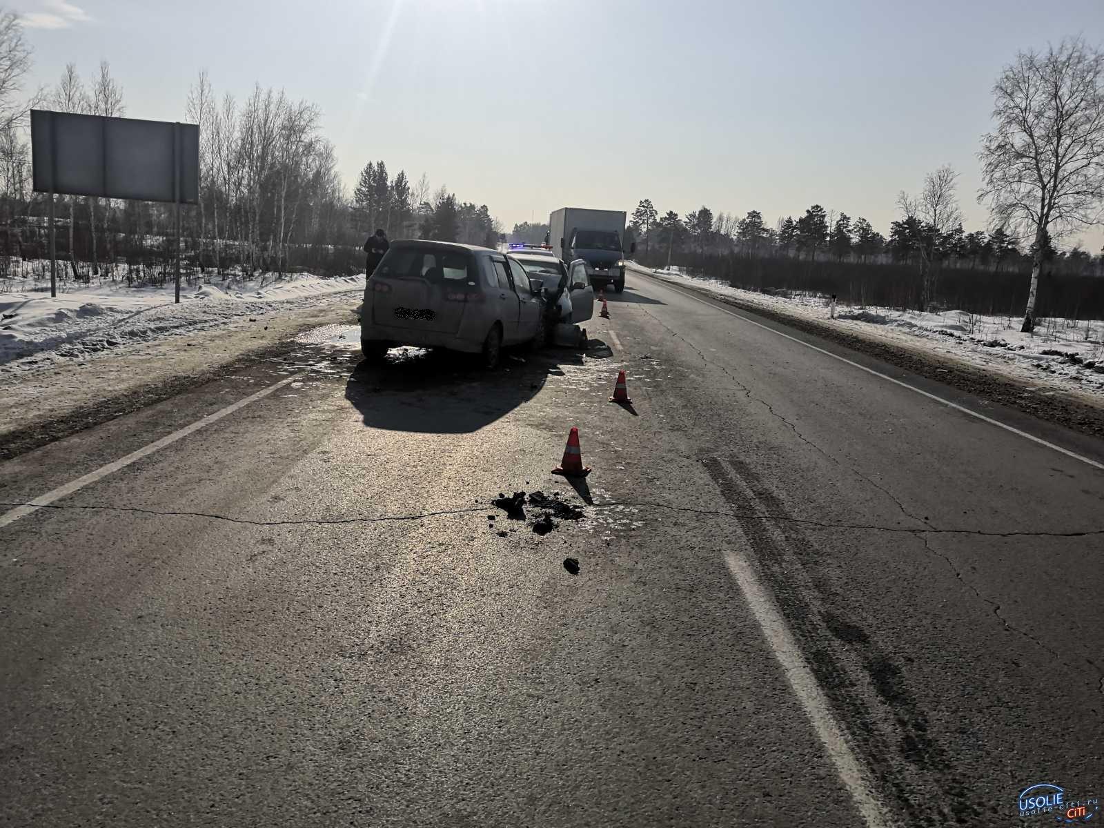 Мужчина и женщина погибли в ДТП  в Усольском районе