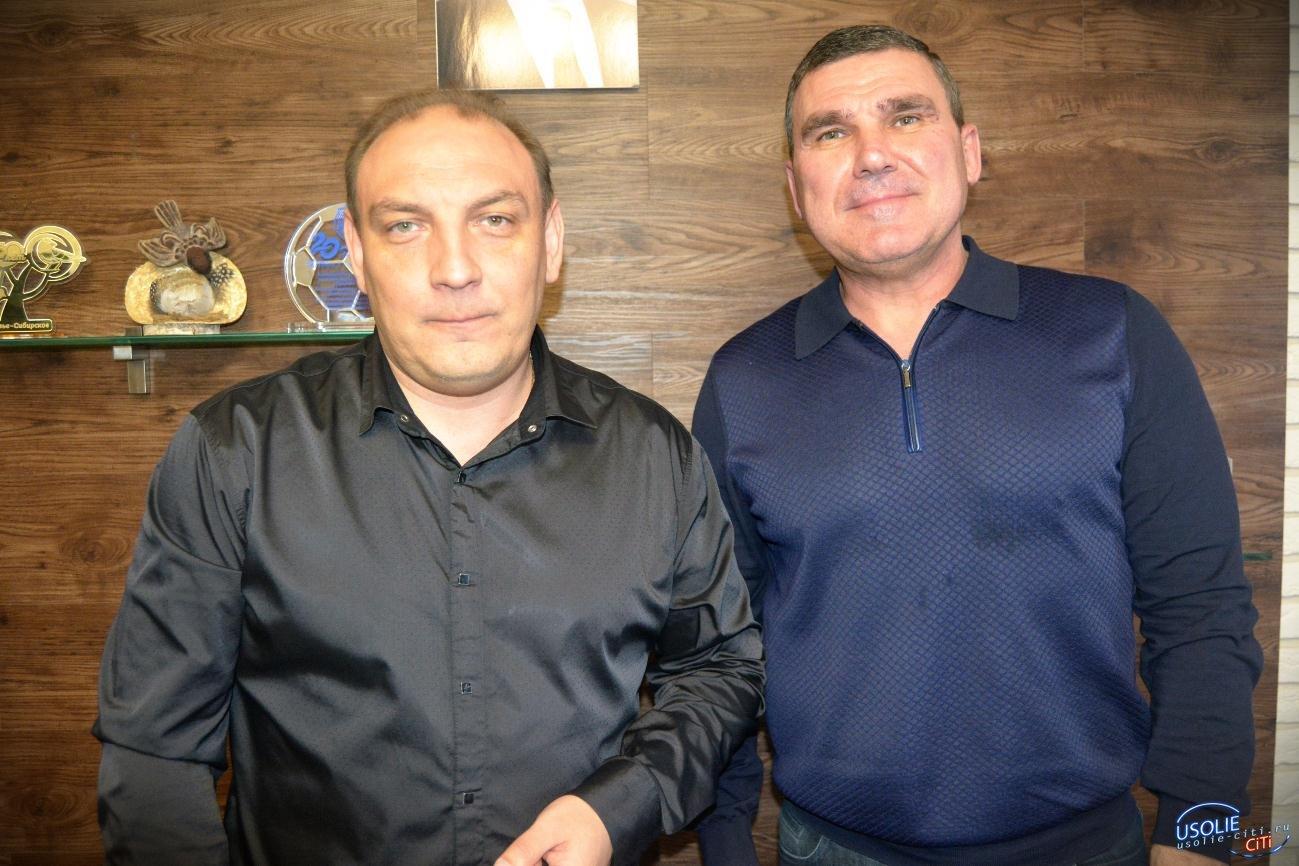 Сергей Мельников и Максим Торопкин закупили маски для жителей Усолья