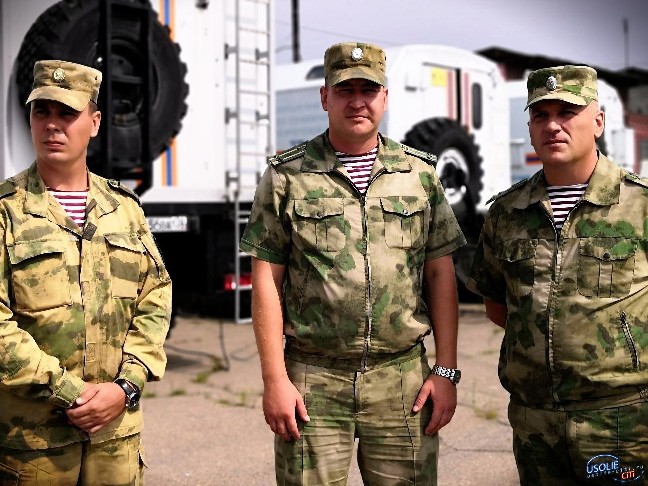 В Усолье продолжают стягивать войска и спецтехнику