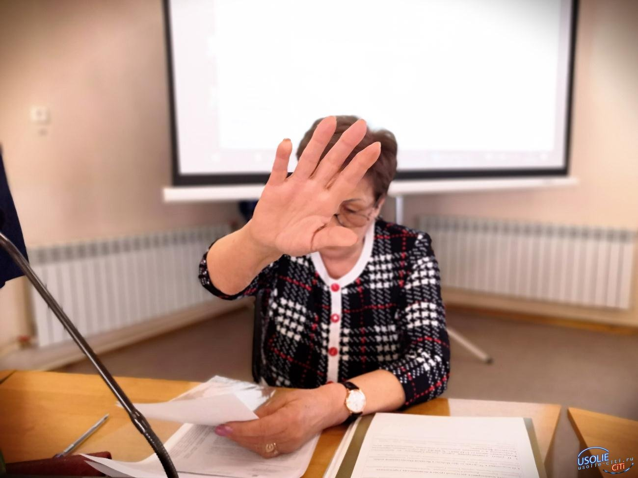 Сама такая: Почетный гражданин Усолья оскорбила журналиста