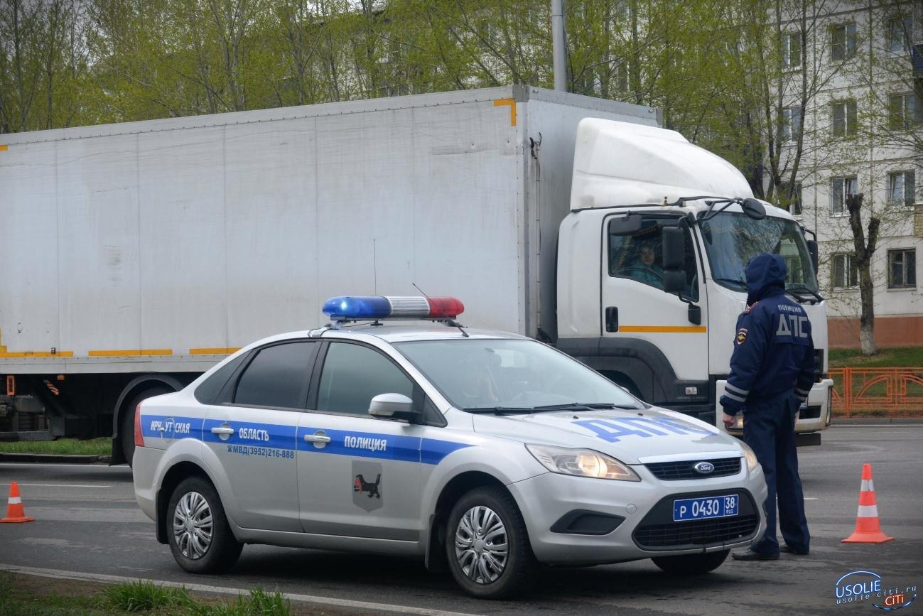 В Усольском районе полицейские стреляли по колёсам грузовика