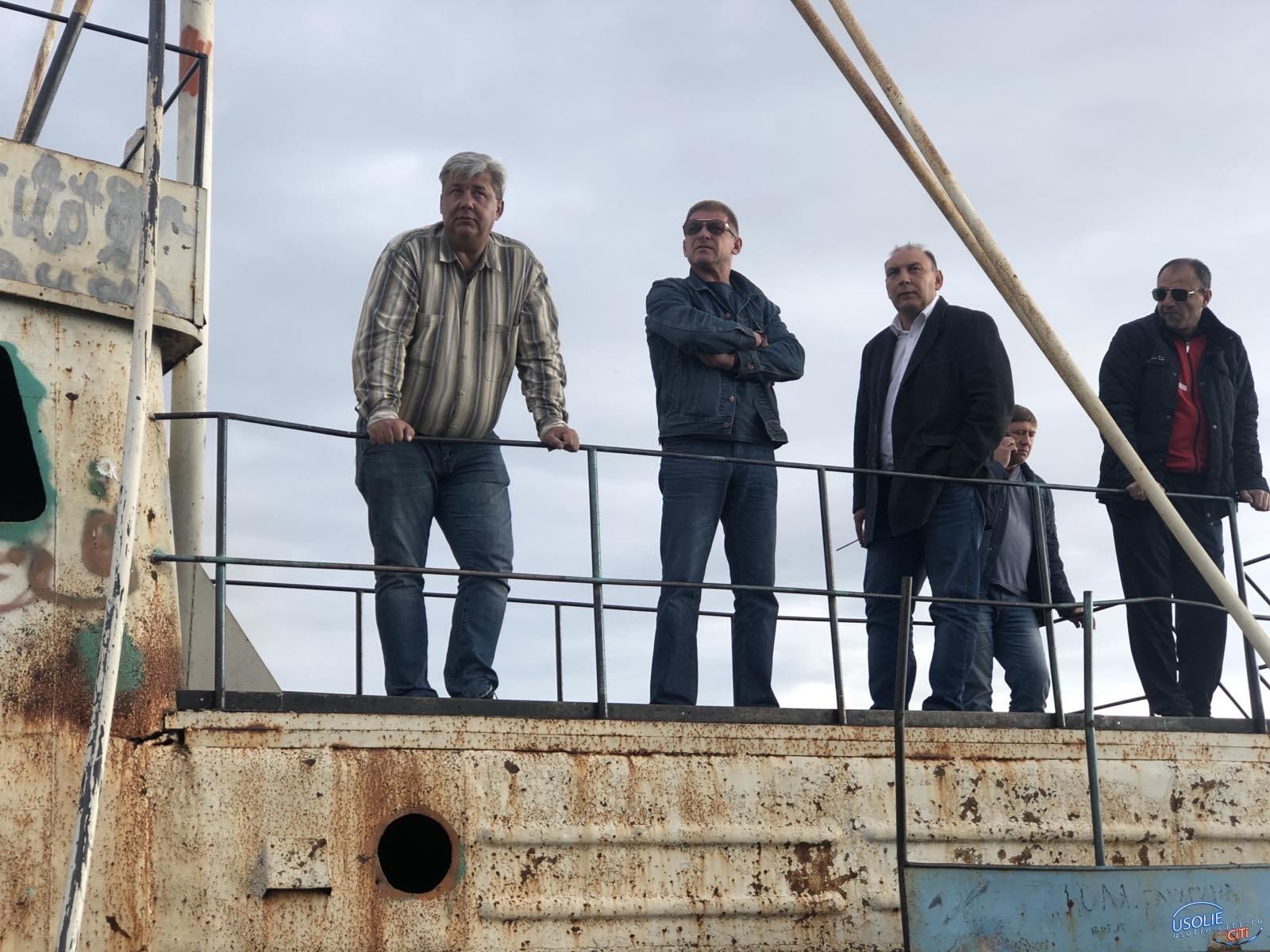 Корабль с городского озера в Усолье планируется перенести
