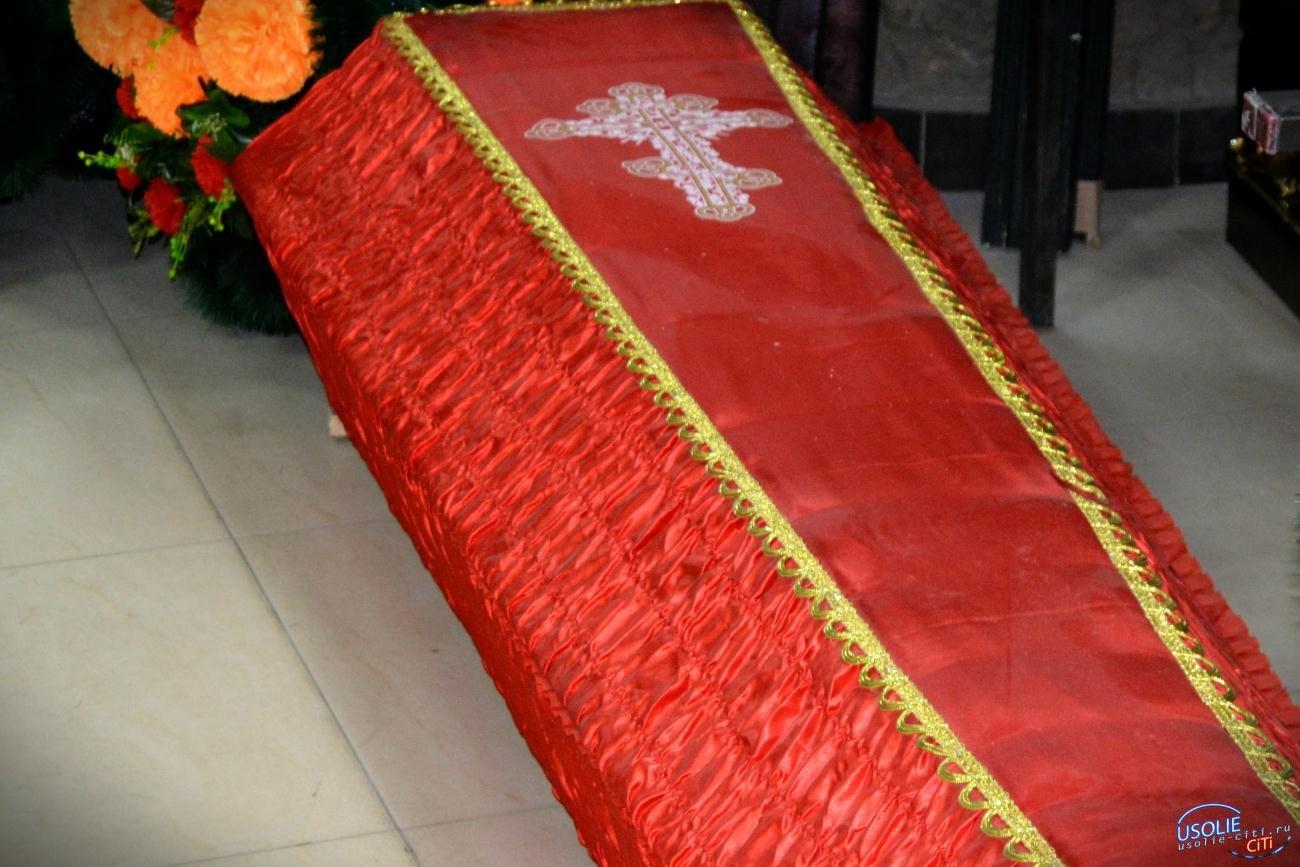 Умерших от коронавируса в Усолье хоронят в закрытых гробах