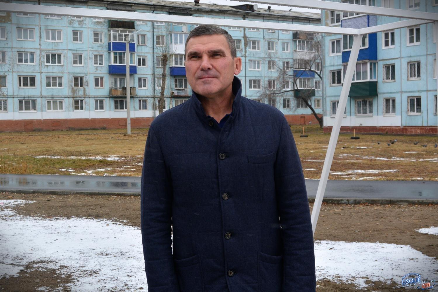 Меценат Усолья установил футбольные ворота
