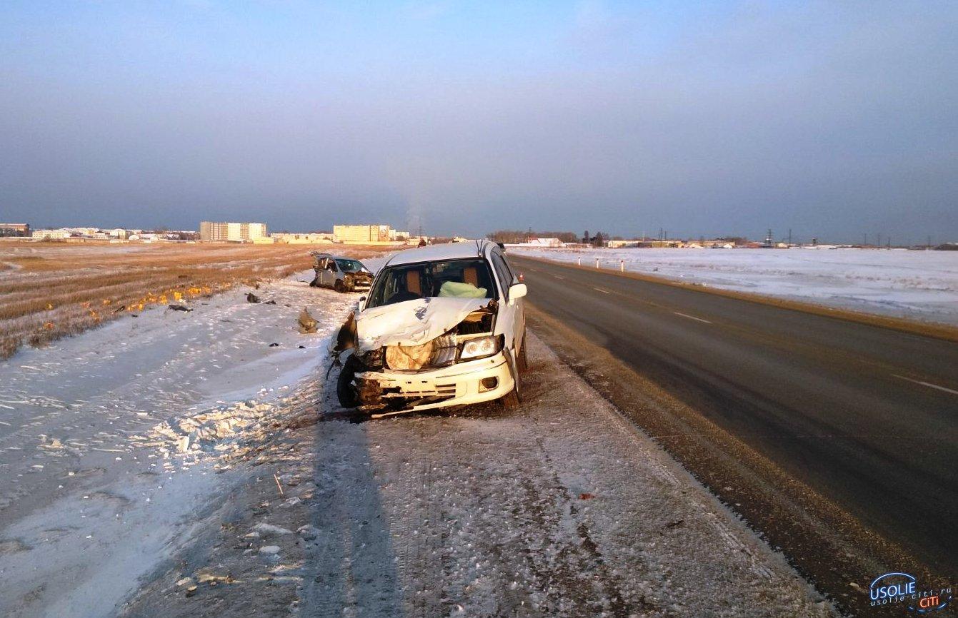 Две машины столкнулись возле Тельмы Усольского района