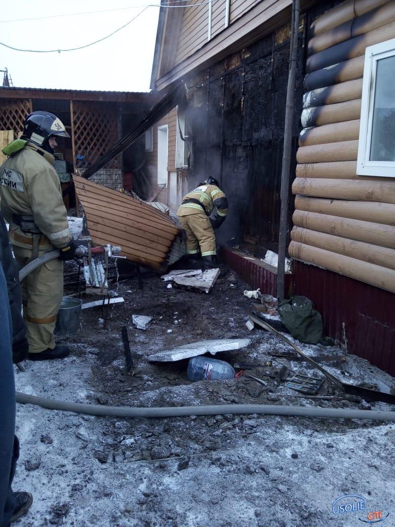 В Тельме и в Мальте Усольского района горели дома
