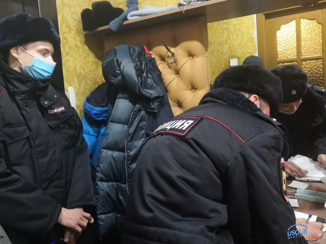 В Усолье неизвестные измазали фекалиями дверь квартиры председателя ТСЖ