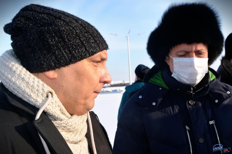 Мэр Усолья свою шапку не отдал. Губернатор обещал вернуться в конце января