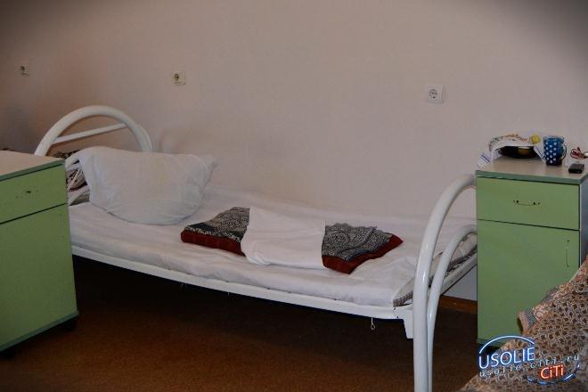 Городская больница в Усолье устанавливает дополнительные койки