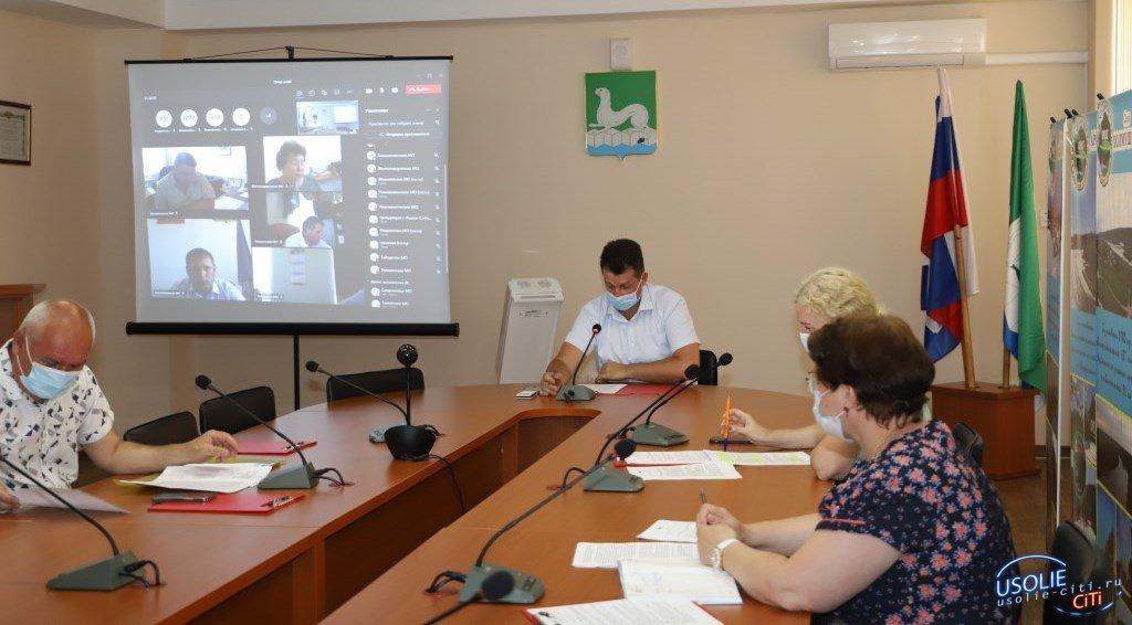 Мэр Усольского района провел заседание оперштаба по профилактике коронавируса