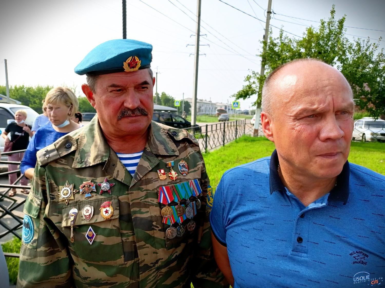 Герой Советского Союза олицетворяет целую эпоху в становлении и развитии ВДВ