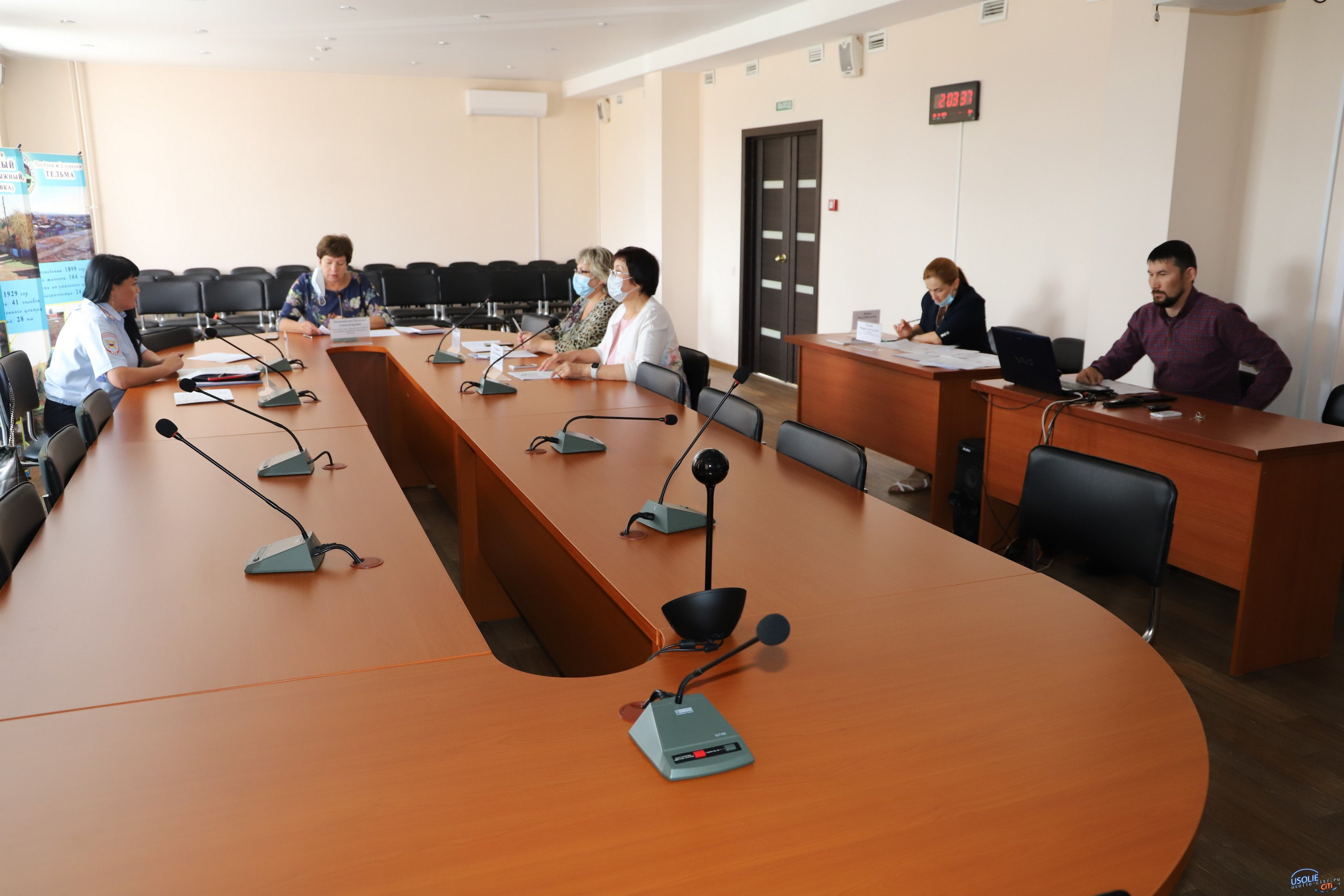 В Усольском районе  обсудили миграционную ситуацию