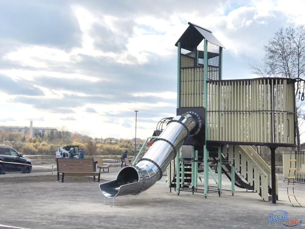 В Усолье завершается благоустройство парка у озера Молодежное